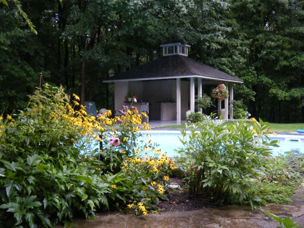 cabana-and-swimming-pool
