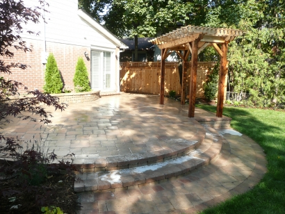 patio-fence-arbour