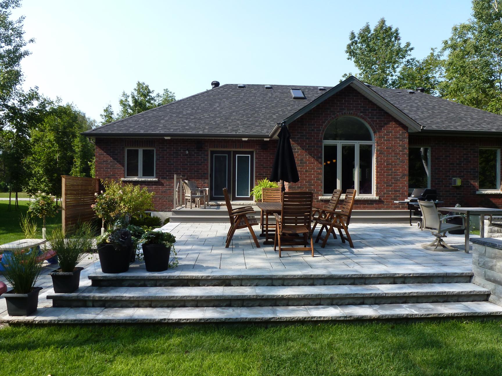 estate-bungalow-backyard-after-2copy