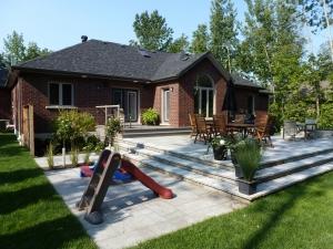 estate-bungalow-backyard-after-1