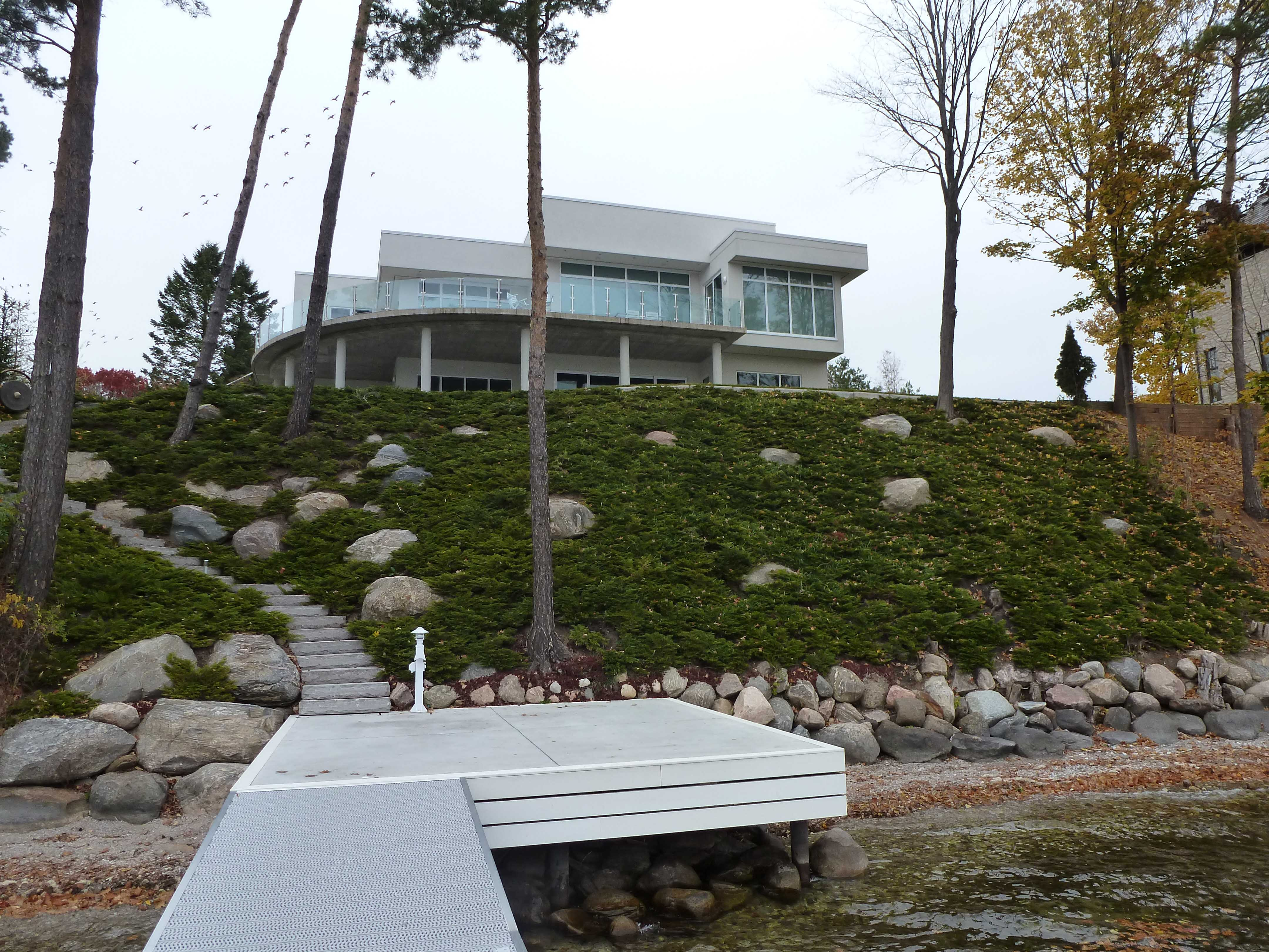 low-maintenance-hillside-planting-5