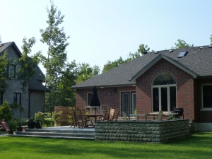estate-bungalow-backyard-after-3